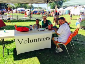 VolunteerPowWow1
